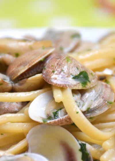 Spaghetti alle Vongole spaghetti with clams